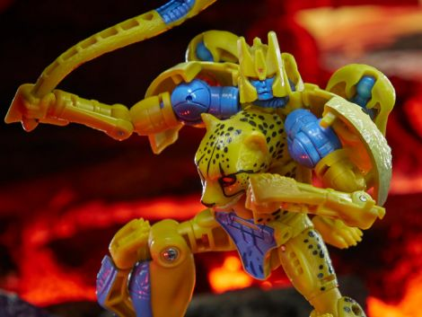(PRE-ORDER) TRANSFORMERS WAR FOR CYBERTRON: KINGDOM DELUXE CHEETOR