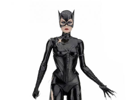 (PRE-ORDER) BATMAN RETURNS CATWOMAN 1/4 SCALE FIGURE