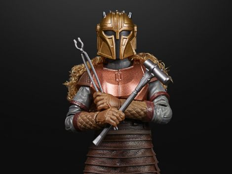 (PRE-ORDER) STAR WARS: THE BLACK SERIES THE ARMORER (THE MANDALORIAN)