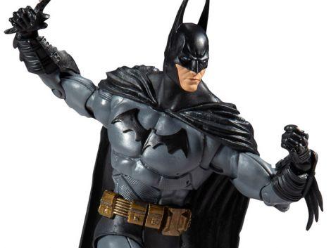(RELEASED) BATMAN: ARKHAM ASYLUM DC MULTIVERSE BATMAN FIGURE