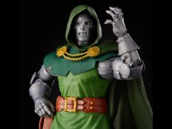 (PRE-ORDER) MARVEL VINTAGE COLLECTION DR. DOOM